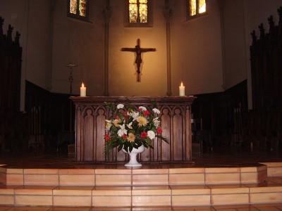 Choeur et Autel de l'église