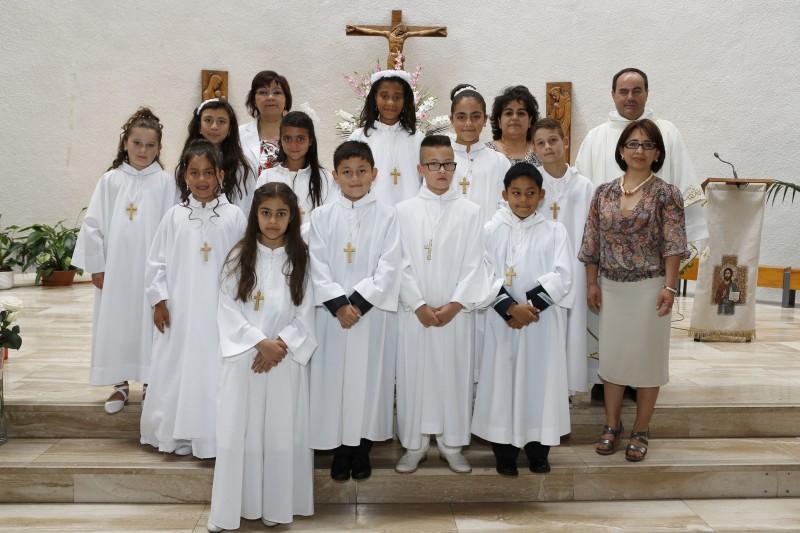 GRUPO DE LA PRIMERA COMUNION 2015