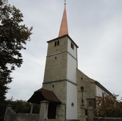 Eglise de Surpierre