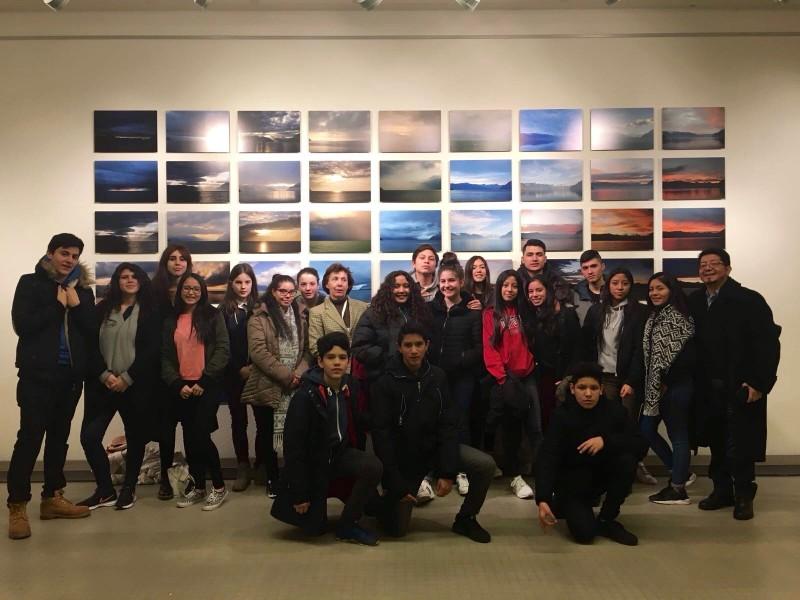 Grupo de jóvenes de la Misión