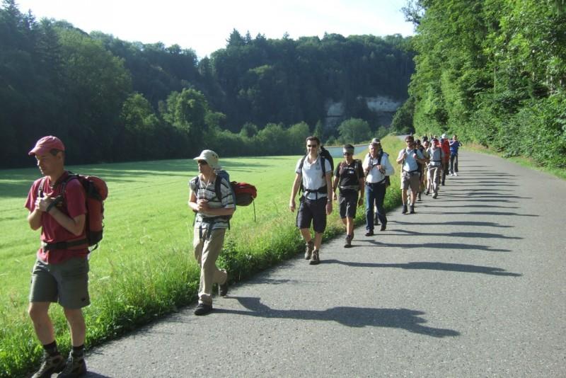 Pèlerinage des pères 2012, 6 : En chemin dans les gorges de la Sarine