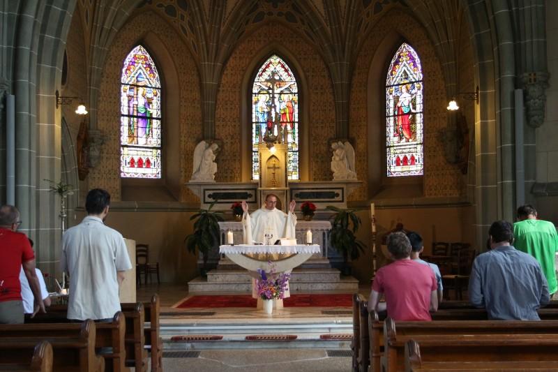 Pèlerinage des Pères 2017 - 6 : célébration à l'église de Poliez-Pittet