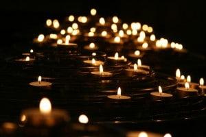 candlelights-1868525_1920