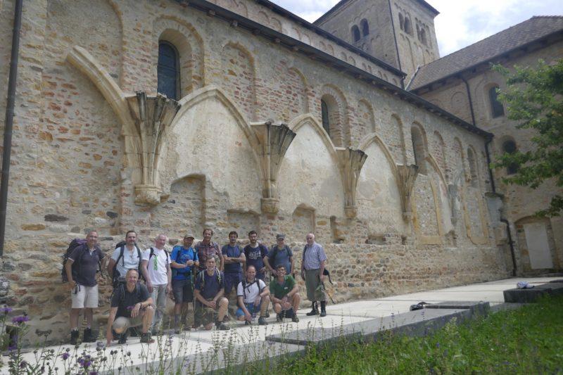 12. Arrivée à l'abbaye de Romainmôtier