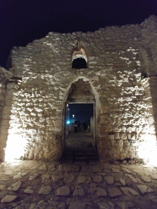 Ruines de l'église Saint Georges à Thaybé